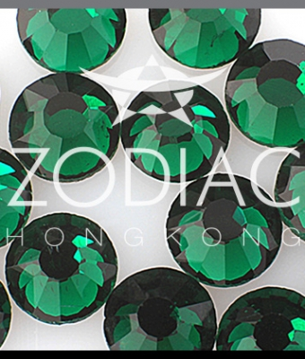 Strasuri Emerald Opal SS3